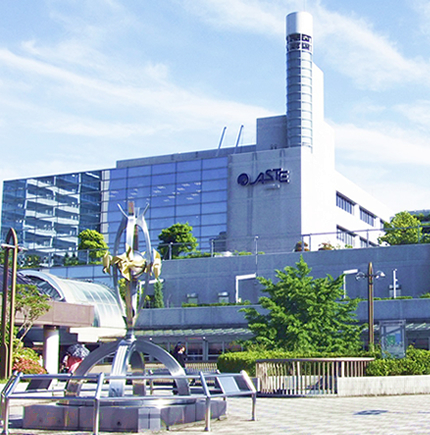 【兵庫県川西市】駅直結の複合商業施設